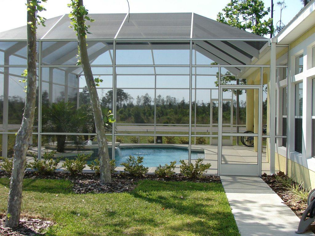 moustiquaires piscine